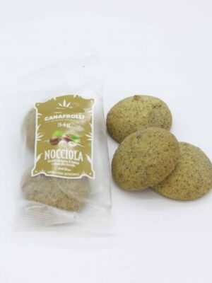 Biscotti di farina di canapa ripieni alla nocciola cookies hemp
